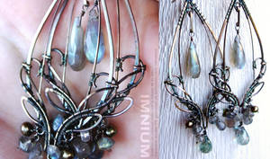 Mirage earrings by IMNIUM