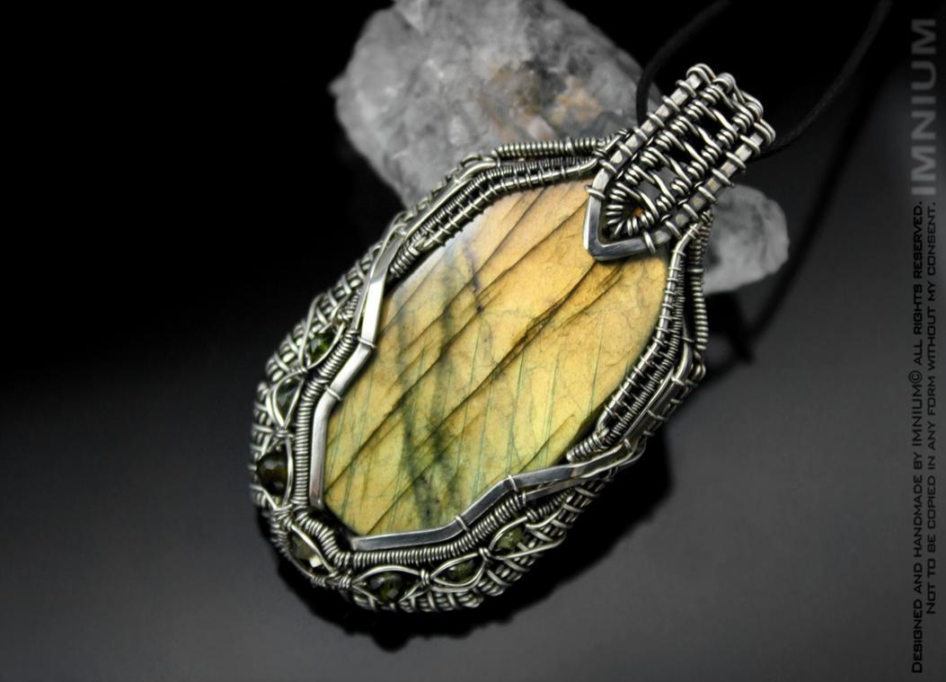 Green Borg pendant 1 by IMNIUM