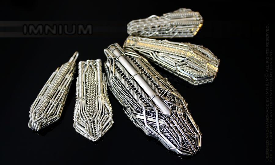 Five spaceship pendants