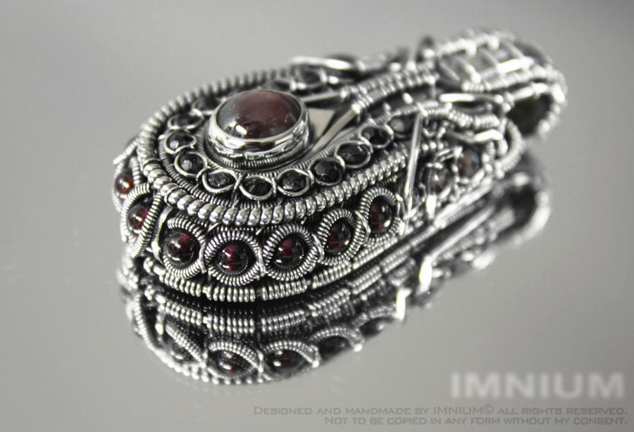 Sapphire, spinel and garnet pendant by IMNIUM