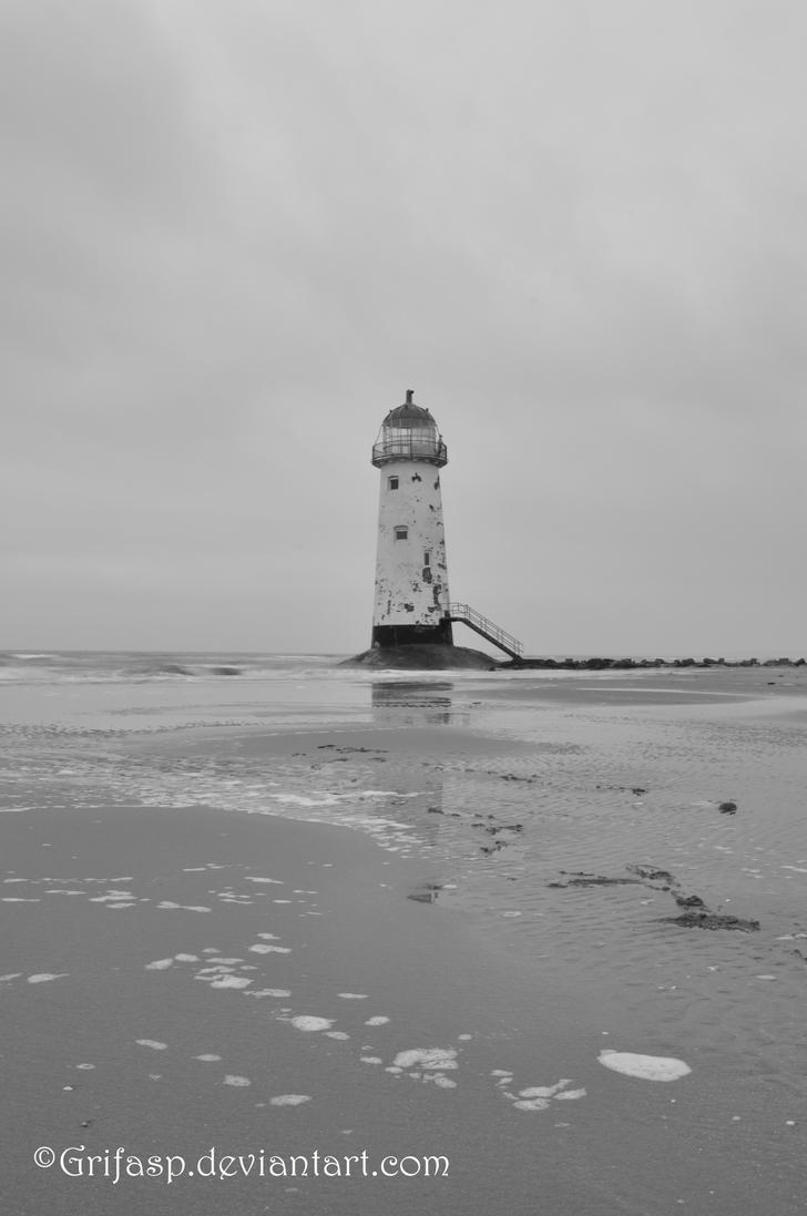 Talacre Lighthouse by grifasp