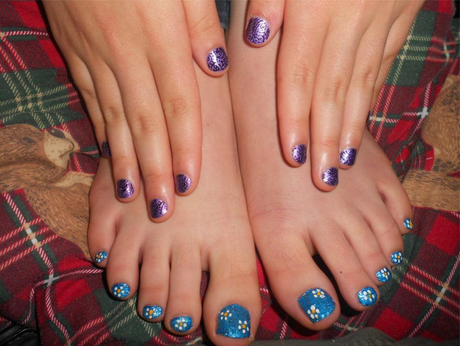 Purple finger nails blue flower toenails by Duck-With-No-Name on ...