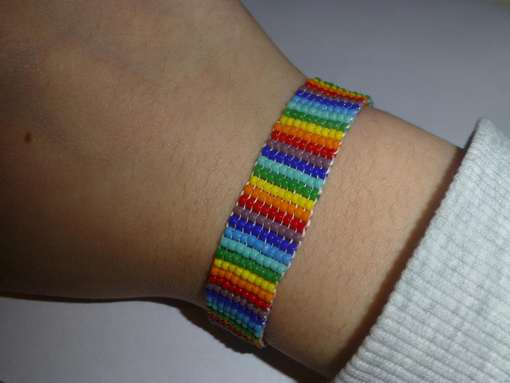 Rainbow bead 2 by Duck-With-No-Name