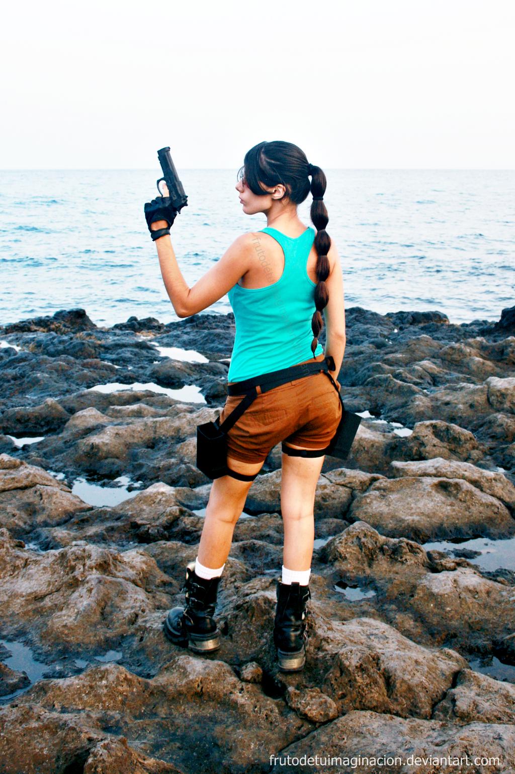 Lara Croft Tomb Raider Back by Frutodetuimaginacion
