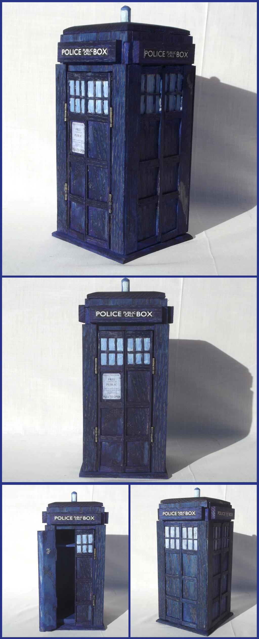 TARDIS Box in Oak by xofox