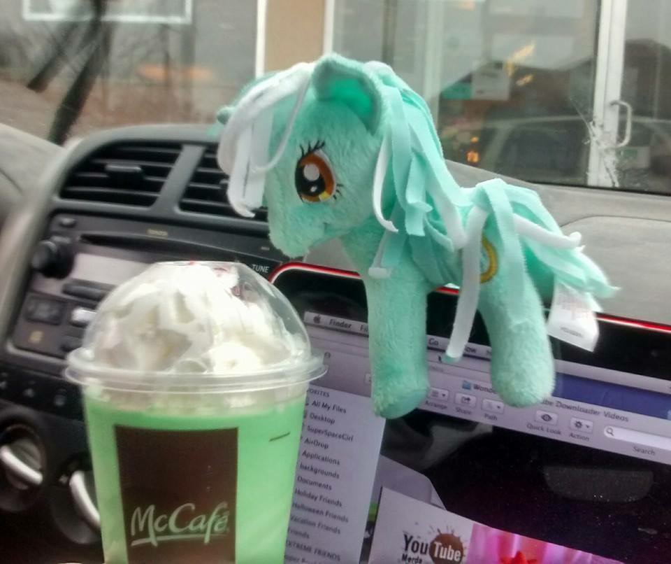 Lyra's Shamrock Shake by SuperSpaceGirlTV