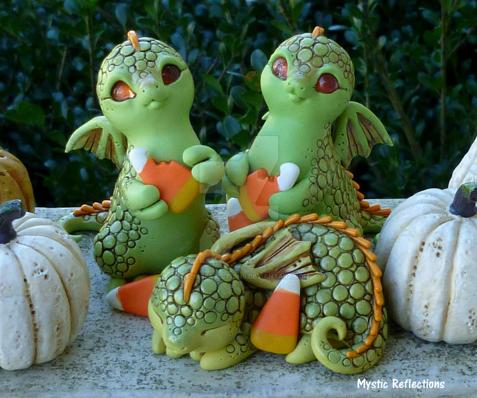 Candy Corn Dragon pals by MysticReflections