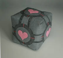 companion cube--Han2 by HanHan