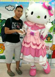 Hello Kitty (costume 7) and me by yellowmocha