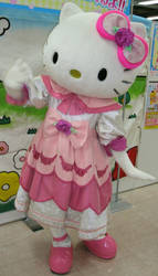 Hello Kitty (costume 7) 10 by yellowmocha