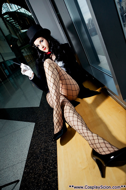 Zatanna Zatara by The-Cosplay-Scion