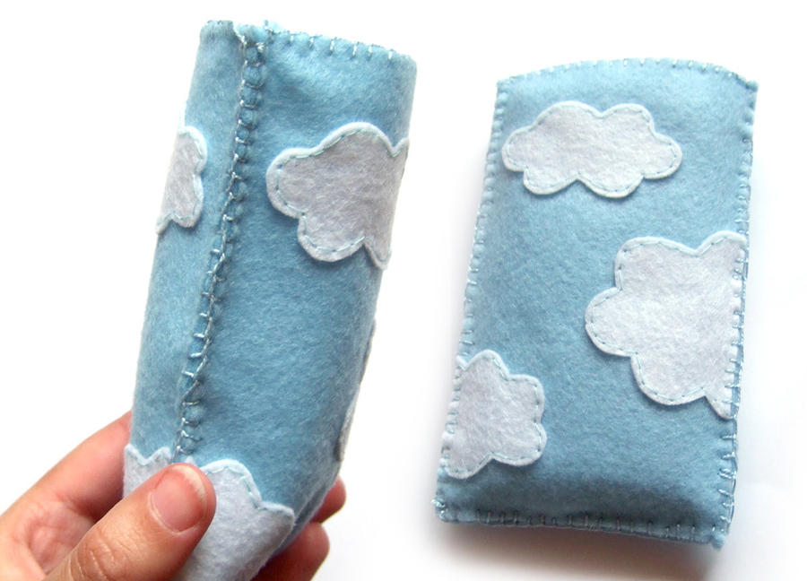 Cloudy cell phone case by yael360