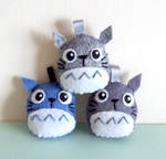 Blue and grey Totoro keychains by yael360
