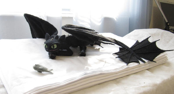 Toothless by GlassCamel