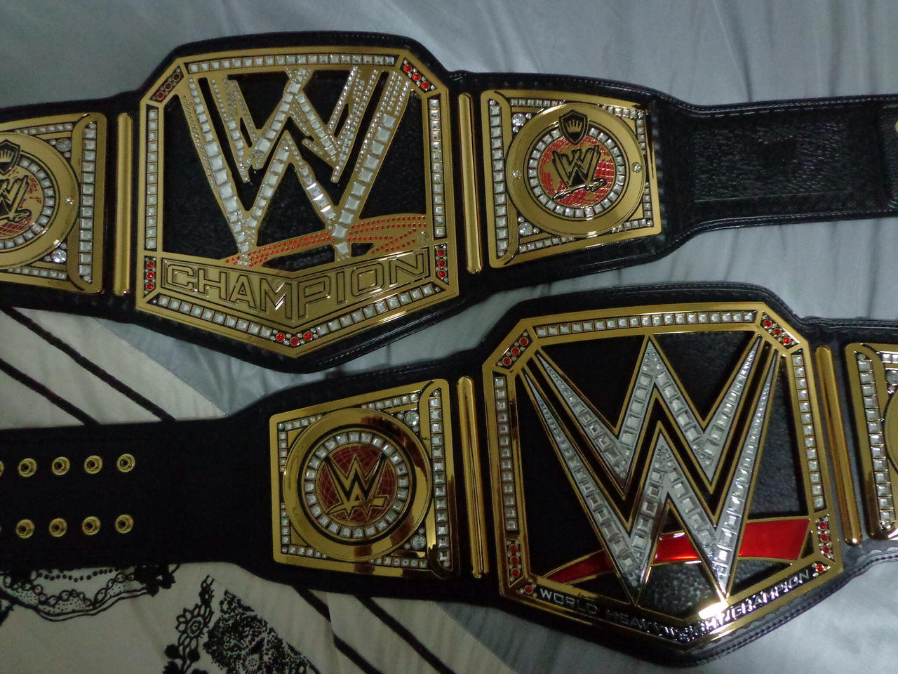 Wwe World Heavyweight Championship Belt 2014 WWE CHAMPIONSHIP AND W...
