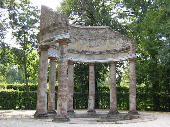 Arcadia temple by Aramisdream