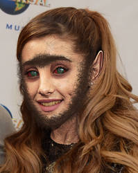 Ariana Grande Werewolf TF by Foolish-Water