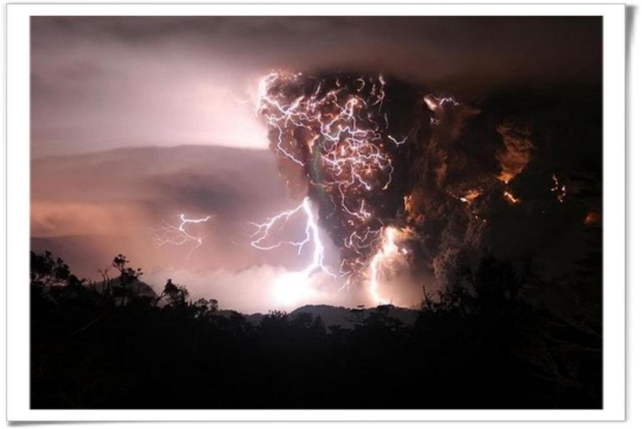 Storming by JessicasDreamworld