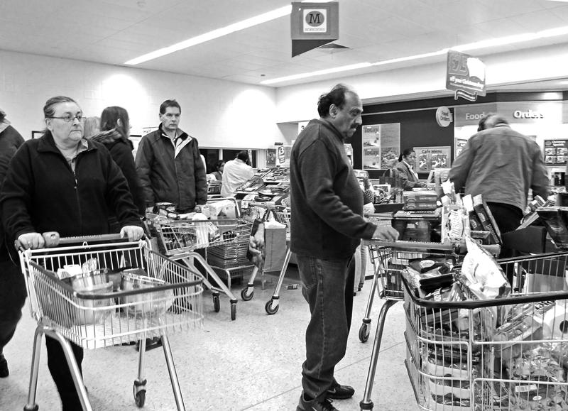 Supermarket blues by daliscar