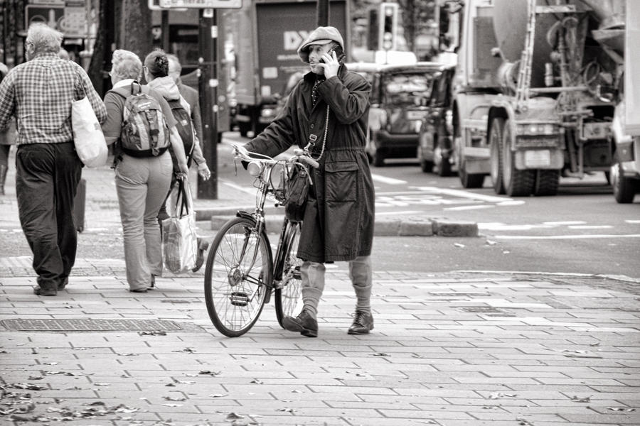 Bicycle Dude by daliscar