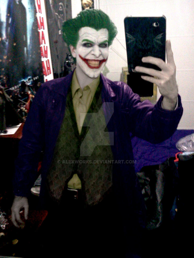 Joker Arkham Origins Cosplay Preview by AlexWorks