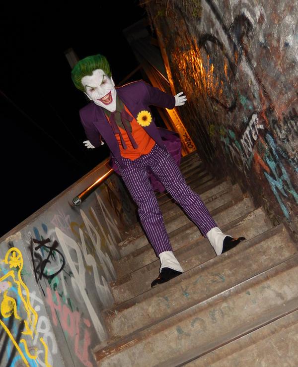 Joker Sideshow 1/6 Cosplay 3 by AlexWorks