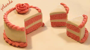 Cute And Simple Pink Cake by yobanda