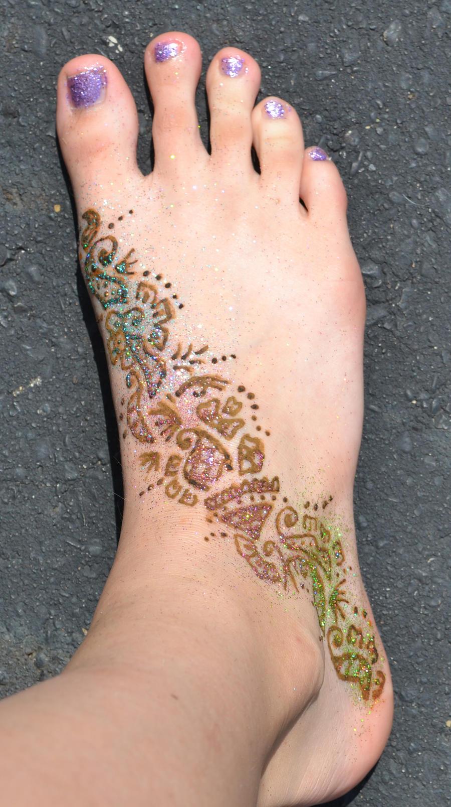 Foot henna tattoo by yobanda on deviantart for Henna tattoo shop