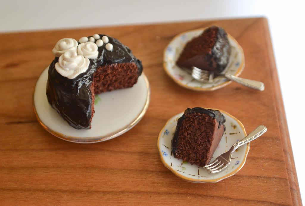 Chocolate Rose Cake by yobanda