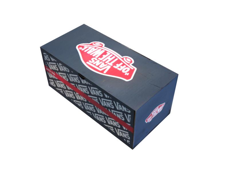 vans box