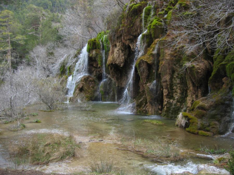 Nacimiento del rio Cuervo by raspete