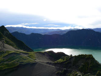 Laguna Quilotoa by mrjm