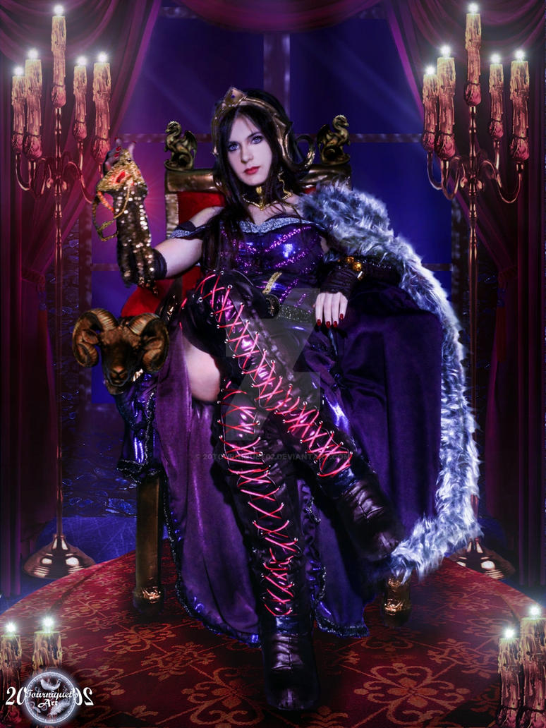 Sitting on the Throne - Liliana Vess Cosplay
