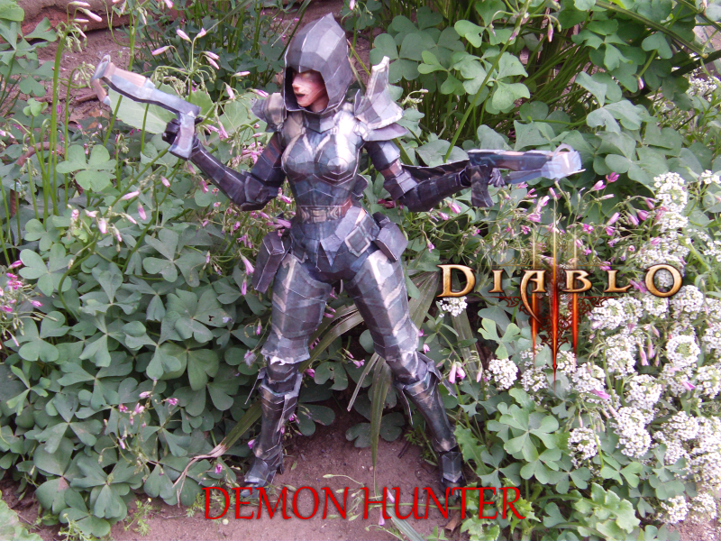 Diablo III - Demon Hunter Fem. by delay-papercraft