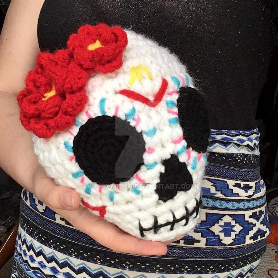 Amigurumi Sugar Skull by Kuro-Mizuo