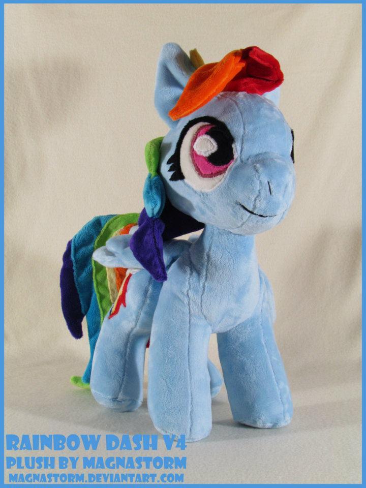 Rainbow Dash V4 by MagnaStorm