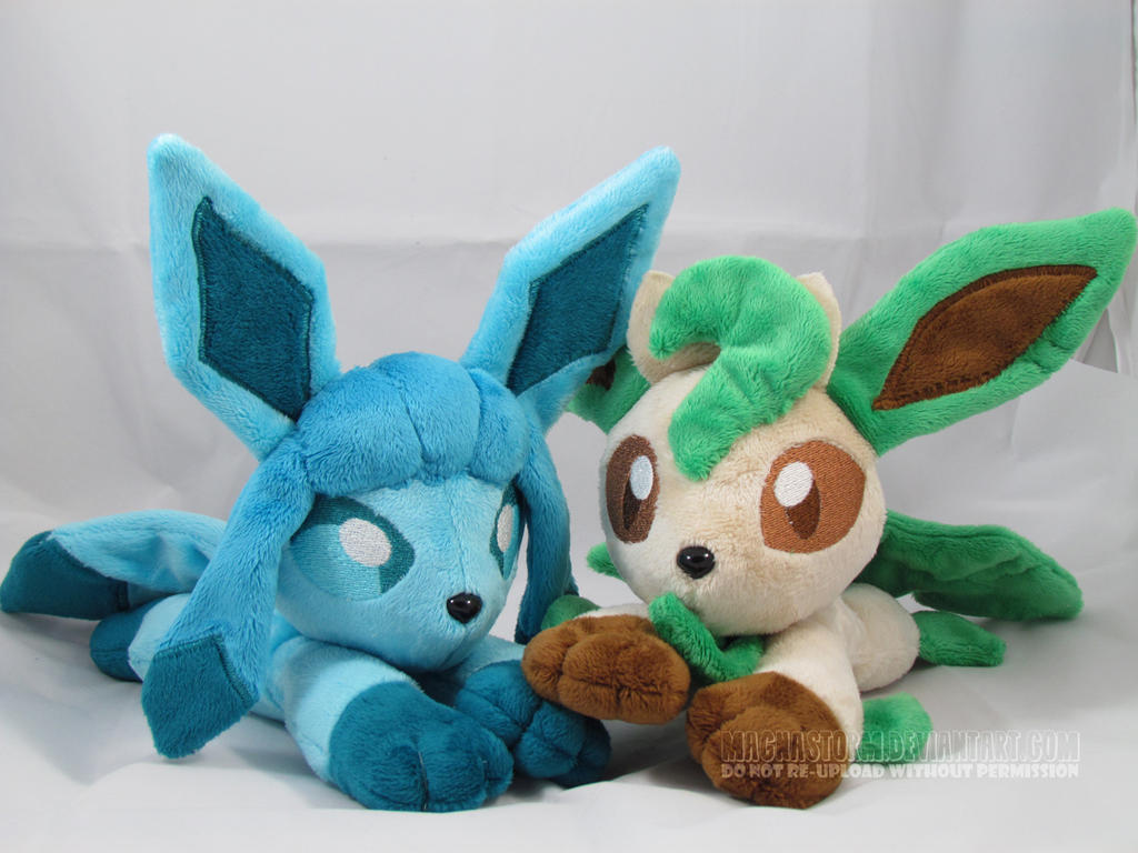 Glaceon and Leafeon beanies by MagnaStorm