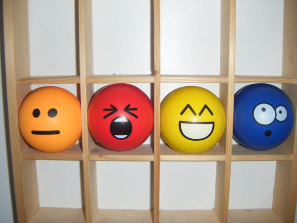 dA Emoticon Stress Balls by PacDuck