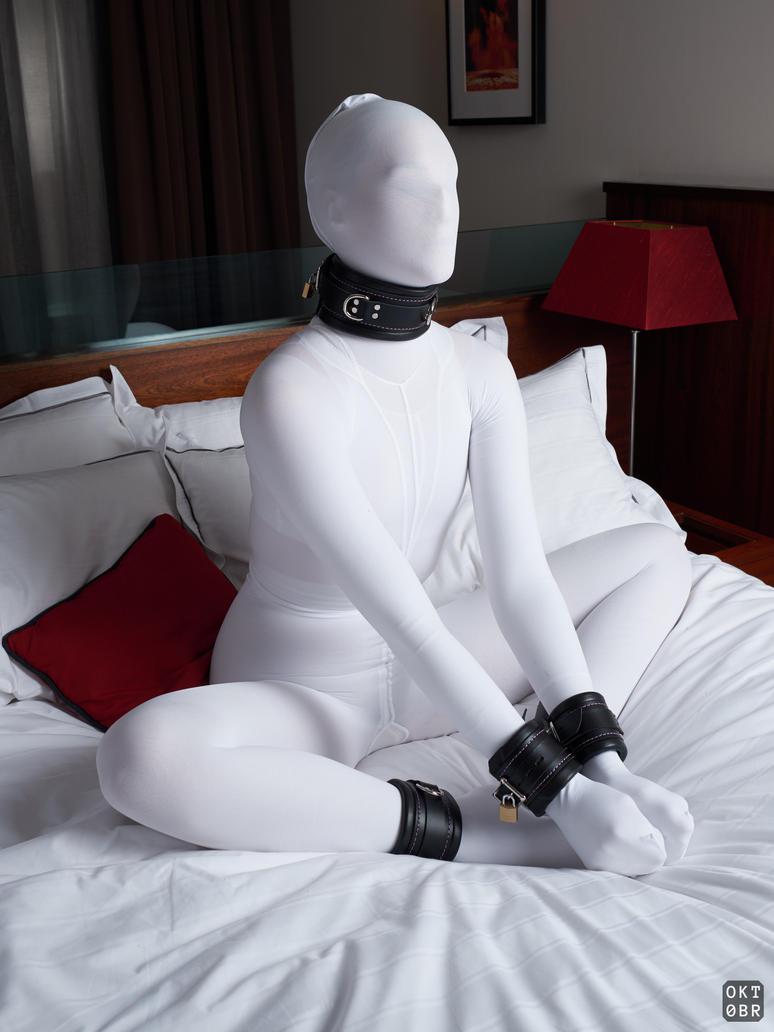 slave-hentai-uniform-pantyhose-pantyhose-encasement-witherspoon