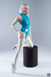 Turquoise and white latex 9 by okt0br
