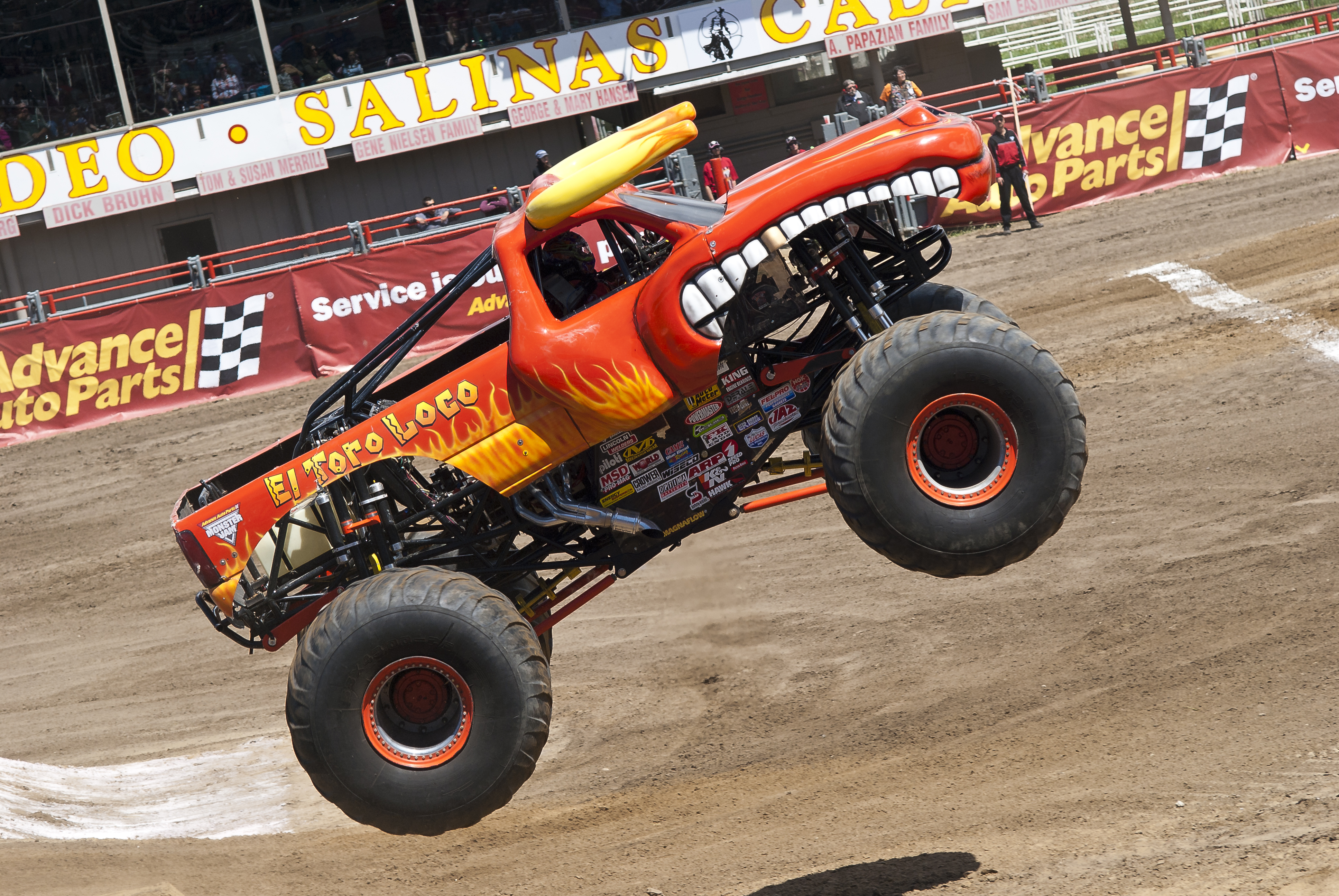 El Toro Loco Monster Truck By Brandonlee88 On Deviantart