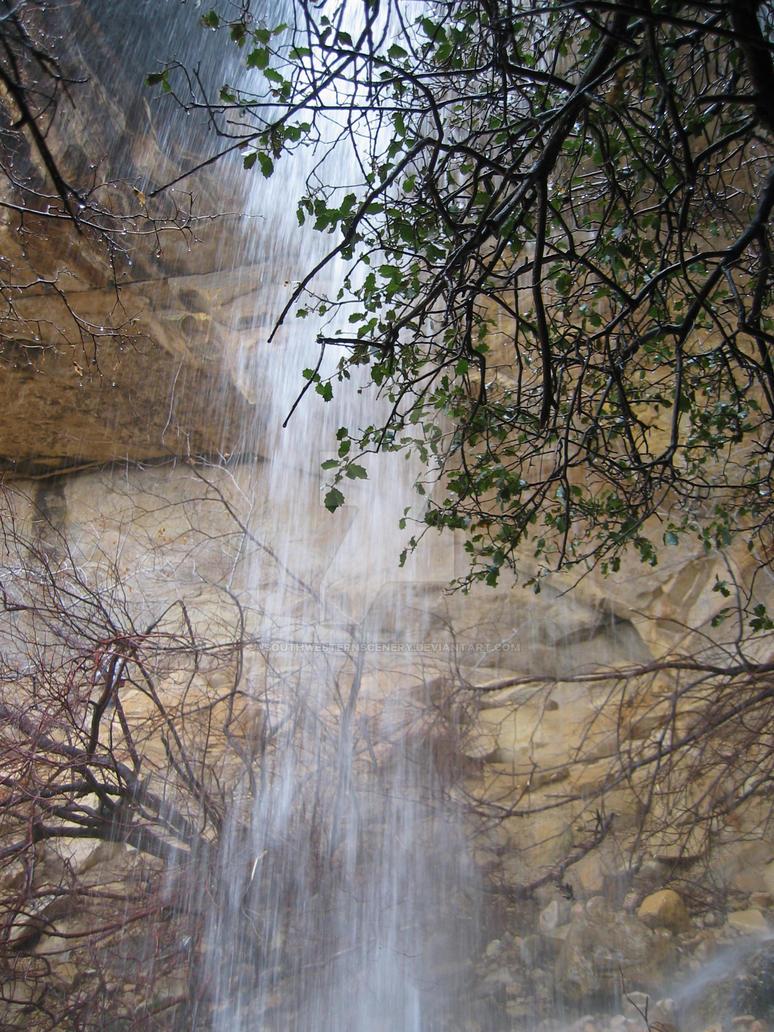 Lost Creek Waterfall I by southwesternscenery