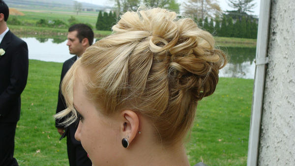 1__classic_______up-do_prom_07 by quaylude
