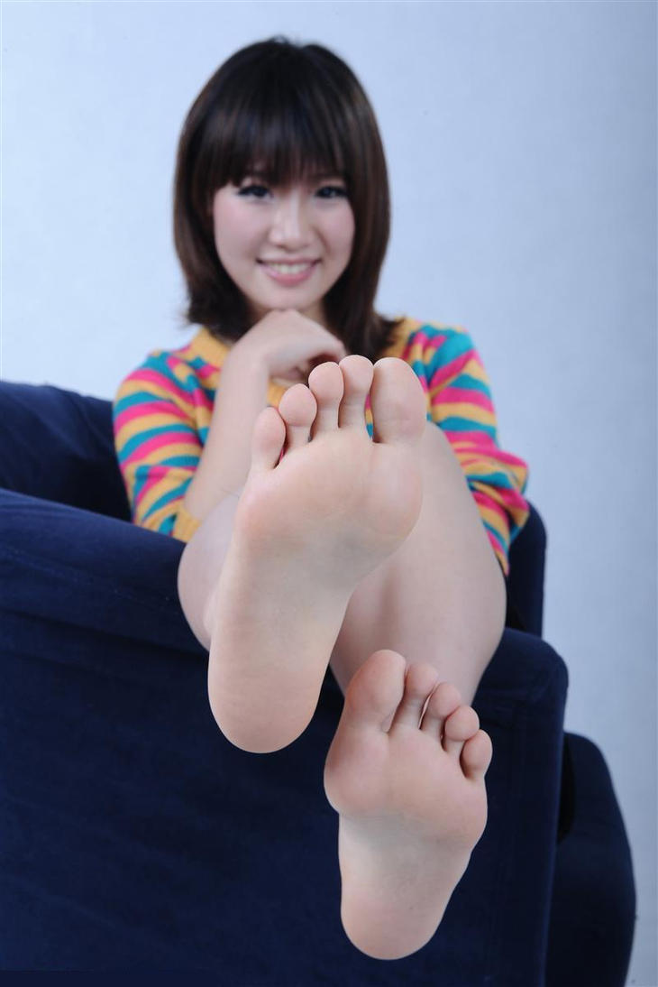 Cute teen feet porn