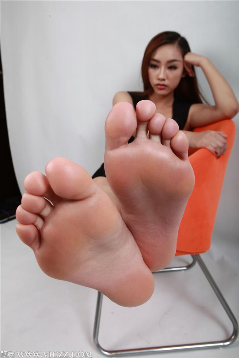 Asian feet vids