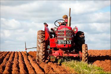 ploughing match by sassaputzin