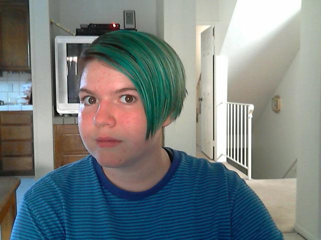 EstrangedJunkie's Profile Picture