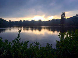 Grovelands Lake, Winchmore Hill at sunset by TheBigDaveC