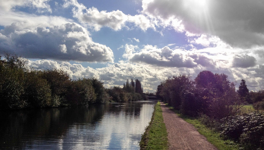 The River Lea Mid Afternoon by TheBigDaveC