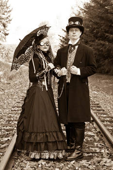 M and J Steampunk costumes 02